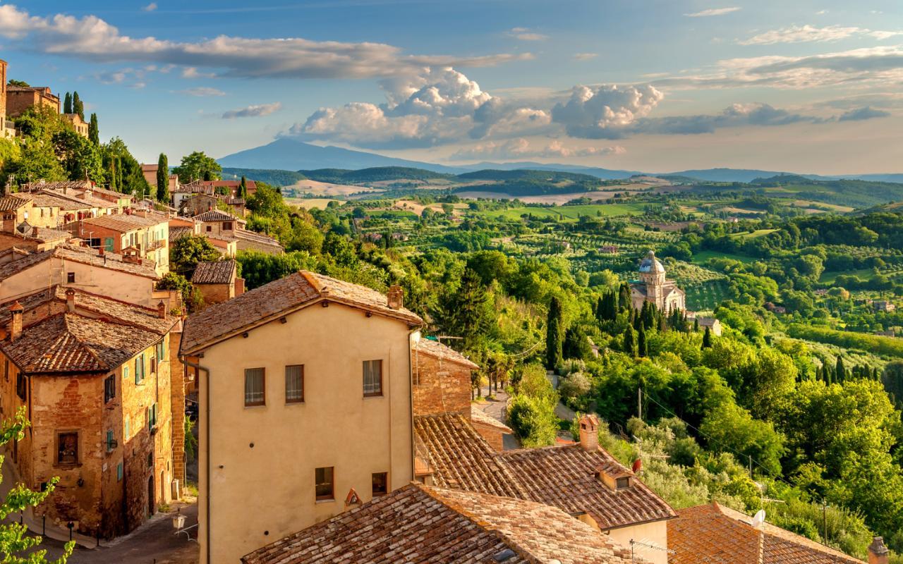 Walking-in-Tuscany-xlarge