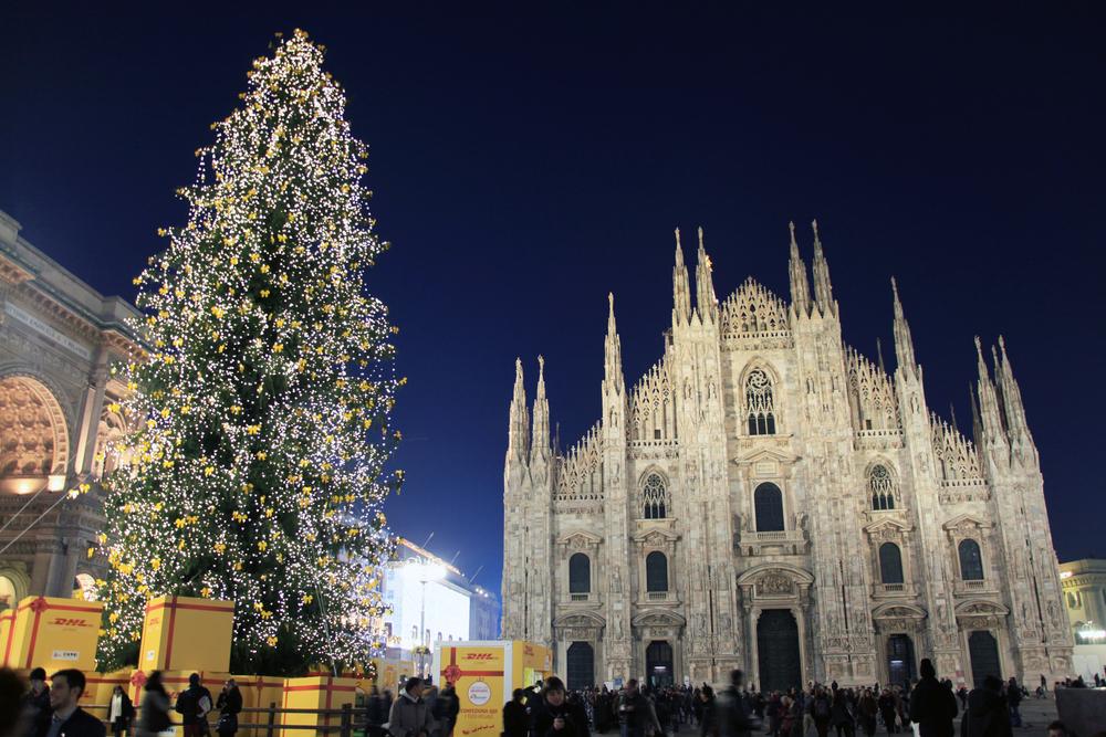 christmas-milan-duomo-tree